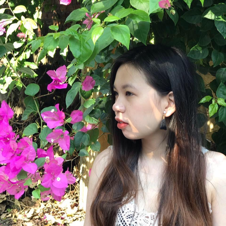 Chị Chi - Tour Phượng Hoàng Cổ Trấn tháng 2/2018